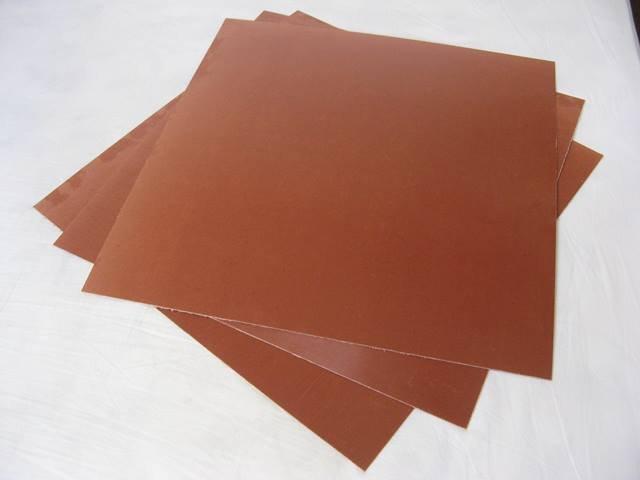 fibra marrom esp. 1,5 mm, para corte de BOPP e outros filmes